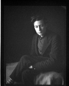 Coburn, Alvin Langdon   British (b. US, 1882-1966)   DESCRIPTIVE TITLE: Duncan Grant   negative, gelatin on nitrocellulose roll film   12x9 cm   Gift of Alvin Langdon Coburn   79:3833:0005