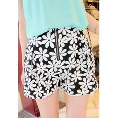 $6.38 Pastoral Style Floral Print Zipper Embellished Chiffon Shorts For Women