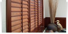 website for hinged and ready-to-hang plantation shutters