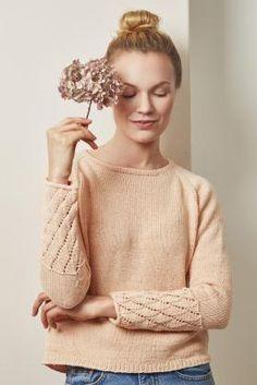 Пуловер реглан с ажуром на рукавах