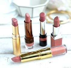 Favorite nude lipsticks for a casual glam look! These are the lipsticks I find myself reaching for an easy, everyday makeup look.