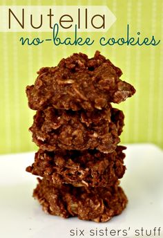 Nutella No Bake Cookies from SixSistersStuff.com. Only takes 15 minutes! #cookie #dessert