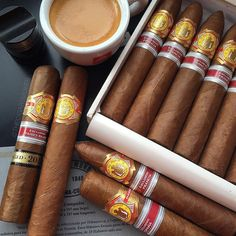 #happyhumpday pals  a kind of #ElReyDelMundo Wednesday I think  #coffeecupandcigars #cigar #cigars #cigarporn #cigarlover #cigarworld #Cigarculture #cigaroftheday #cigaraficionado #cigarsolidarity #cigarbrotherhood #cigarsmokingmodel #botl #bonvivantmag #thecigarsmoker #TailoredAsh #hupmann #regionaledition #customash #impressoespressoco by thecigarsmoker