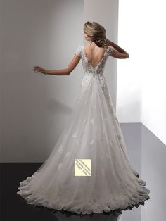 2014+Style+A-line+V-neck++Beading++Short++Sweep+/+Brush+Train+Lace++Wedding+Dresses+For+Brides+