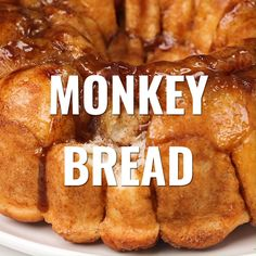 We love this homemade Cinnamon Monkey Bread #bakedbyanintrovert #monkeybread Cinnamon Monkey Bread, Makeup Videos, Pain Brioché, Bread Bun, No Yeast Bread, Sticky Buns, Banana Bread Recipes, Baking Videos, Bread Baking