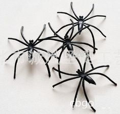 FD621 Amazing Incomparable Halloween Plastic Lovely Spider Joking Toy Decoration Realistic Prop 10PCs