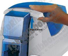 Panduan, langkah dan cara membersihkan/cleaning printer Datacard SP25 Plus menggunakan cleaning card.   Dapatkan cara cleaning Datacard SP25 Plus step by step dan sangat lengkap disini.