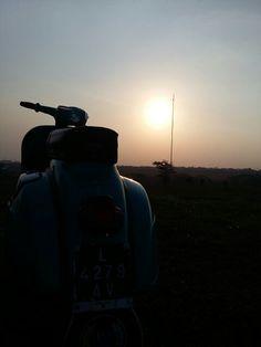 Vespa sunset