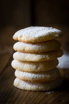 Really quick and easy Gluten Free Lemon Cookies recipe that you'll love! perfect for those new to gluten free baking.