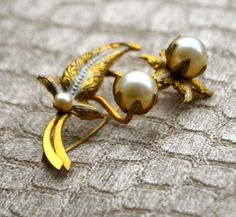 VINTAGE PEARL FLOWERS Gorgeous Vintage Gold Floral Pearl Brooch Pin with Silver Leaf Accents by StudioVintage on Etsy