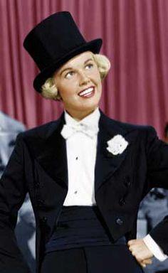 Doris Day   Love Scotties & Vintage Dooney & Bourke! Jo of www.adorepurses.com
