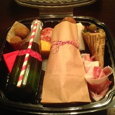 Box Lunch Submission By: Harvest Catering & Events