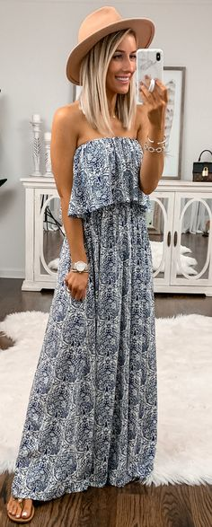 Preppy Summer Outfits To Copy Now gray and white strapless dress Cute Dresses, Casual Dresses, Casual Outfits, Cute Outfits, Fashion Outfits, Summer Dresses, Gray Outfits, Summer Maxi, Dress Fashion