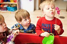 Juegos para bebés y niños de 1 a 2 años - http://madreshoy.com/juegos-para-bebes-y-ninos-de-1-a-2-anos/