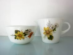 Your place to buy and sell all things handmade Milk Jug, Milk Glass, Vintage Pyrex, Magpie, Cottage Chic, Sugar Bowl, Tea Set, Etsy Store, 1960s