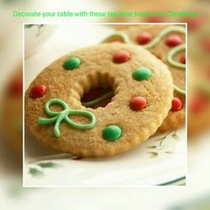 Wreaths are classic Christmas decorations. These Christmas cookies shaped like wreaths are the perfect choice for any Christmas cookie exchange or a day of baking with the kids. Try these delicious Christmas cookies this holiday season! Christmas Cookie Exchange, Christmas Sweets, Christmas Cooking, Christmas Goodies, Simple Christmas, Christmas Wreaths, Christmas Candy, Christmas Reef, Christmas Wreath Cookies