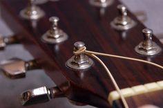 CHANGEMENT CORDES – ENTRETIEN GUITARE FOLK | Blog Guitar N' Blues