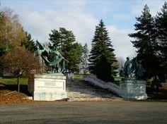 Liptovský Mikuláš - Háj Nicovô (pamätník a vojenský cintorín) Sidewalk, Plants, Side Walkway, Walkway, Plant, Walkways, Planets, Pavement
