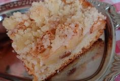 Jablečný (hruškový) šlehačkový koláč s drobenkou - recept. Přečtěte si, jak jídlo správně připravit a jaké si nachystat suroviny. Vše najdete na webu Recepty.cz.