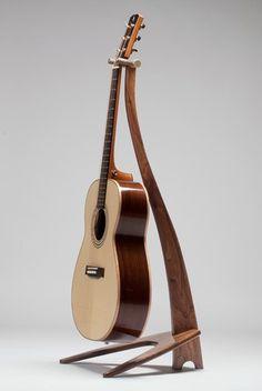 Noyer la main Stand guitare bois personnalisé par Tasi1967 sur Etsy
