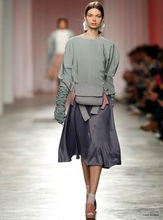 Grey Silk Blouse with Gloves | Liliana Afonso