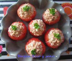 Comer rico y sano: Tomates rellenos de atún y huevo
