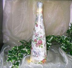 1 Deko Licht/Leuchtflasche Rosen Roses Shabby mit  LED Lichterkette Unikat