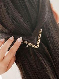 Eslabón de la cadena de la letra V Hairgrip