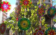 Upcycle old CDs to make beautiful hanging garden decorations.