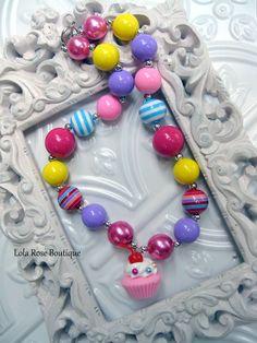 Chunky Bubblegum Necklace, Cupcake Necklace, Birthday Necklace, Chunky Bead Necklace for Girls, Toddler Necklace, Girls Necklace.