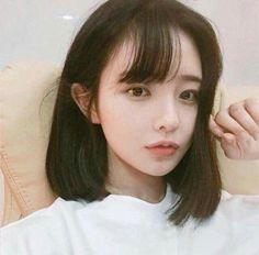 She is gorgeous Girl Short Hair, Short Girls, Cute Korean, Korean Girl, Korean Beauty, Asian Beauty, Hwa Min, Korean Short Hair, Asian Hair