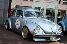 Super beetle super beetle pinterest beetles for Garage volkswagen 33