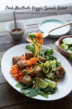 Pork meatballs veggie spirals salad recipes for real Diet Soup Recipes, Pork Recipes, Asian Recipes, Healthy Recipes, Ic Recipes, Healthy Food, How To Cook Meatballs, Pork Meatballs, Sesame Seeds Recipes