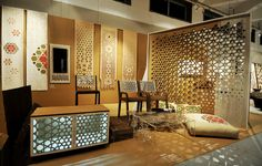 Magnificent Lattice Screen Designs For Your Home Ideas. Living Room Design Collection with Wooden Lattice Screen and Perforated Wall Ornament Screen Design, Wall Design, Best Home Interior Design, Interior Ideas, Lattice Screen, Wall Ornaments, Brown Walls, Living Room Designs, Living Rooms
