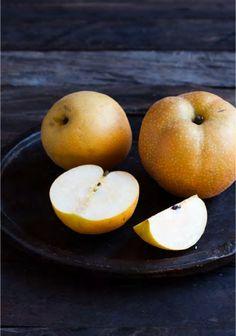 Zoznámte sa lepšie s hruškami nashi Healthy Fruits And Vegetables, Fruit And Veg, Turnip Recipes, Fruit Packaging, Types Of Fruit, Fruit Decorations, Fruit Photography, Juicy Fruit, Best Fruits