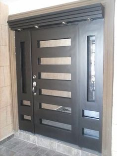 ~ puertas de forja y contemporaneas pasamanos escaleras y herreria en Door Gate Design, Main Door Design, Front Door Design, Front Door Entrance, Entry Doors, Garage Doors, Modern Entry Door, Stainless Steel Doors, Aluminium Doors