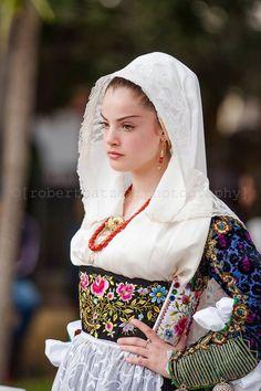 ne Girl from Uri (Sassari) Sardinians Sardinia Sardinian People