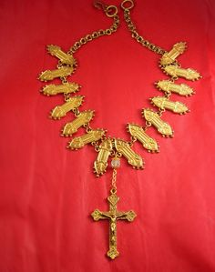 EXOTIC victorian gothic Cross necklace Gold rosary Crucifix ornate collar vintage panels