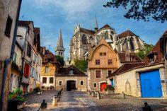 Le Quartier de la Marine à Auxerre  #SecretsAuxerre #Bourgogne ©gr8ful Ted Productions
