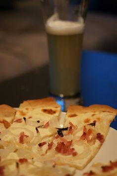 Flammekueche, la tarte flambée alsacienne  http://www.fourchett.es/aperitif/flammekueche/11-09/