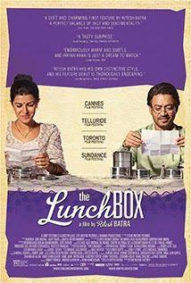 My Films-In: THE LUNCHBOX Στο Μουμπάι, κάθε μέρα οι τοπικοί κούριερ παραδίδουν σπιτικό φαγητό από τα νοικοκυριά στα γραφεία των εργαζόμενων. Μια λάθος παράδοση φαγητού θα φέρει σε επαφή δυο τελείως διαφορετικούς ανθρώπους μεταξύ τους, μια νεαρή γυναίκα που ο άντρας της την παραμελεί κι έναν λογιστή μοναχικό άνδρα που ετοιμάζεται να συνταξιοδοτηθεί. Μέσω των πακέτων φαγητού και ανταλλάσσοντας καθημερινά μηνύματα θα έρθουν πιο κοντά ο ένας με τον άλλον.