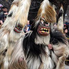 BULGARIA ritual tradicional búlgaro para ahuyentar a los malos espíritus