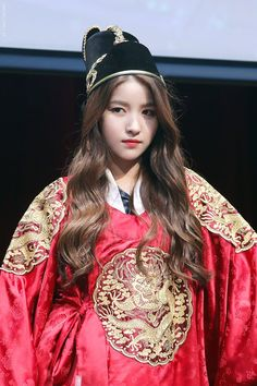 SOMEONE (@some1kr) | ทวิตเตอร์ Kpop Girl Groups, Kpop Girls, Gfriend Profile, Gfriend Sowon, Cloud Dancer, Best Kpop, G Friend, Comic Styles, Entertainment