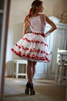Mint a Mátka Kollekció 2017 - Bélavári Zita Couture Super Cute Dresses, Fabulous Dresses, Pretty Dresses, Sexy Dresses, Beautiful Dresses, Vintage Dresses, Short Dresses, Fashion Dresses, Dirndl Dress