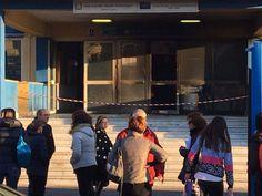 Marano, raid incendiario al Segrè: la scuola è nostra e non si tocca! #IlSegrèResiste