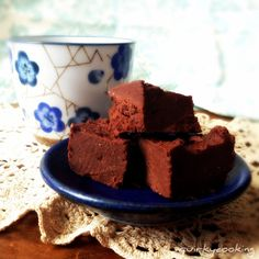 Home - Quirky Cooking Chocolate Truffles, Chocolate Fudge, Cooking Chocolate, Quirky Cooking, Thermomix Desserts, Raw Desserts, Cooking Recipes, Paleo Recipes, Food To Make