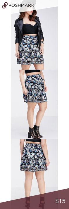 F21+ Paisley Print Pleated Skirt The cutest paisley print skater style skirt! Gently worn and still in excellent condition. Size 1X from Forever 21. Waistband is flat in the front and elastic in the back to provide some extra stretch. No zippers or anything, just an easy pull on comfortable skirt! I wore it out for my birthday with a black lace bodysuit which I also have listed! 🌸 Forever 21 Skirts Circle & Skater