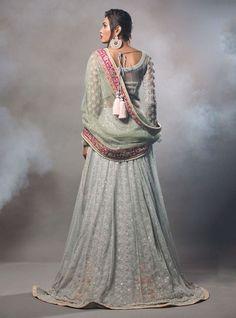 Zainab Chottani, Formals & Bridals, S/S 2016 (Desi Bridal Shaadi Indian Pakistani Wedding Mehndi Walima Lehenga / #desibridal #indianbridal #pakistanibridal #indianwedding #pakistaniwedding #desiwedding #wedding #shaadi #lehenga #bridal #mehndi #walima)