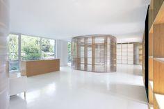 Polycarbonate Interior | Wall