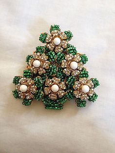 Stanley Hagler, Ian St. Gielar Christmas tree pin
